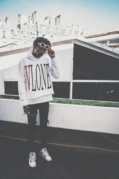 wiz khalifia wearing vlone